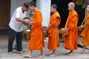 Giving and Receiving of Alms, Luang Prabang, Laos (Photos)