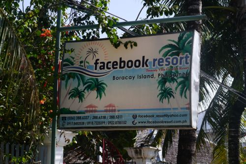 """facebook"" resort"